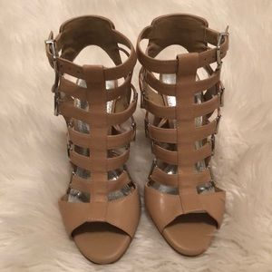 NWT sz 7.5  Gianni Bini tan leather heel sandals💗